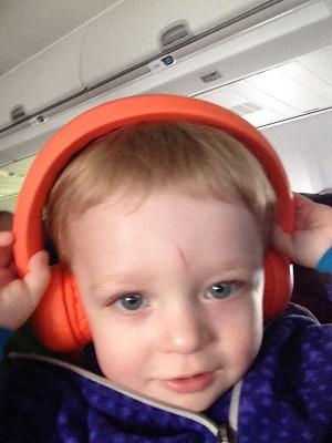 Yuli_headphones
